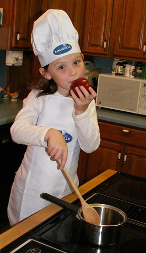 Holly plays chef