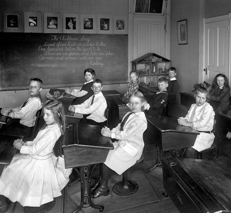 Ser criança no início do Século XX não era nada fácil 10