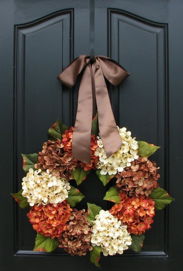 Flowers are also perfect for making wreaths. This one, for example, is made with a wire wreath form and some hydrangeas in different shades....