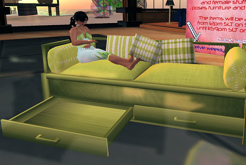 50L Weekend Fever Just my Imagination sofa