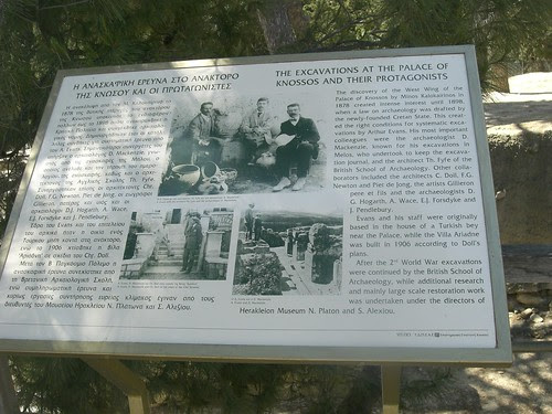 knossos archaeologists