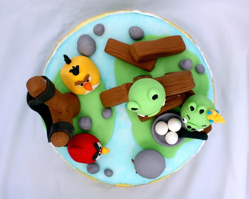 Angry Birds Cake (top)