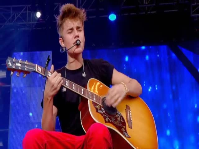 Free Download Pure 100 Justin Bieber Hd Wallpapers: Justin Bieber Free Hd Wallpapers: Justin Bieber Music Videos