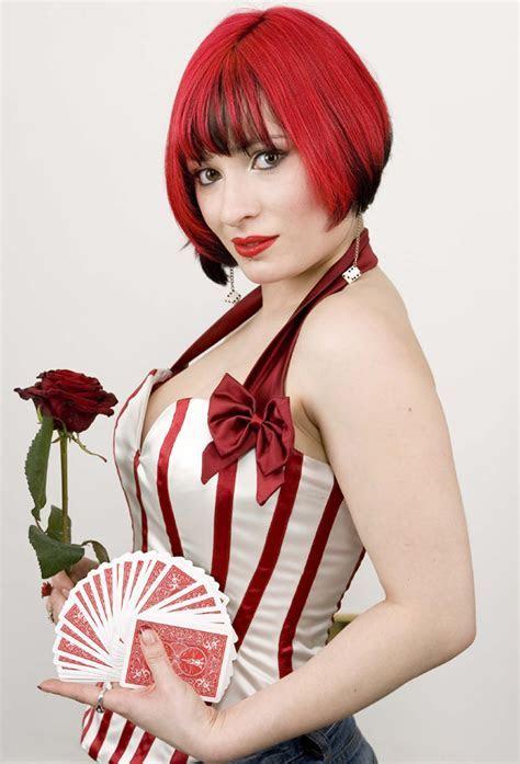 Laura London Magic   Flaming Fun Event Entertainment Agent