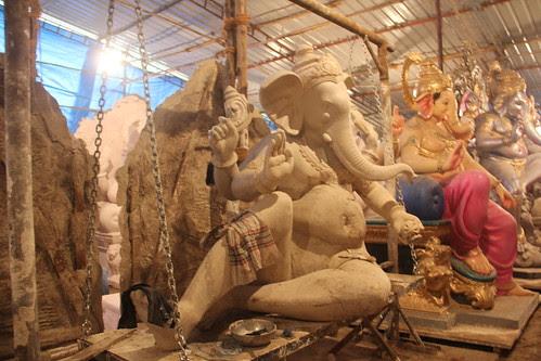 Vijay Khatu's Ganesh Workshop Parel by firoze shakir photographerno1