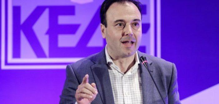 Αγωνία στην Αυτοδιοίκηση για τον «Φιλόδημο» – Τι είπε ο υπουργός στο προεδρείο της ΚΕΔΕ