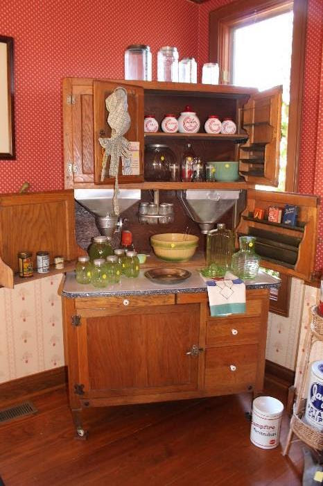 Estate Sale merchandise on EstateSale.Company website