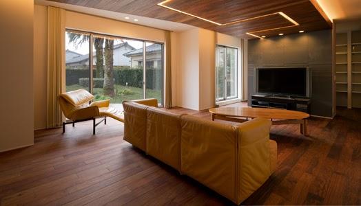 India Art n Design Global Hop : House of Light and Wood