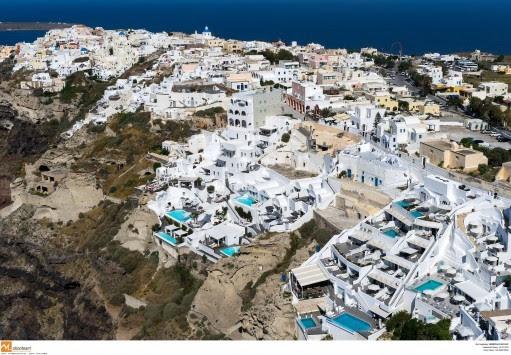 Σαντορίνη: Τα δωμάτια του σπιτιού έκρυβαν εκπλήξεις - Λύθηκε το μυστήριο του μήνα στο νησί!