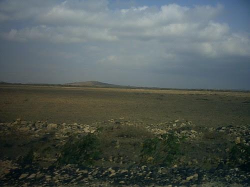 Tanzania 08 Barren Longitudo Plain Mbea