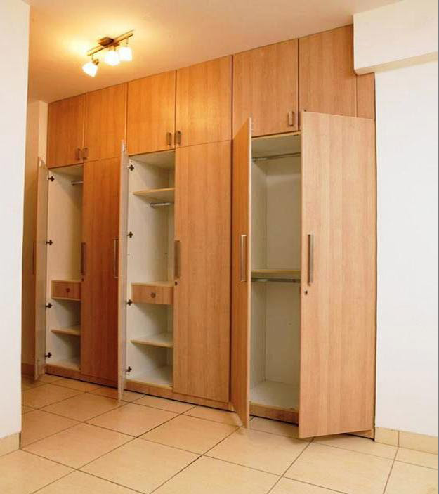 Traditional-Minimalist-Wooden- ...