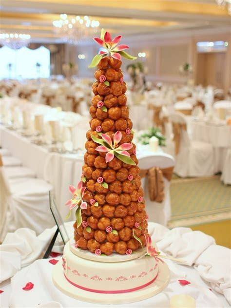 croquembouche, french wedding cake   French Wedding Cakes