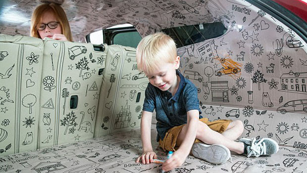 Arabaların Döşemeleri Artık çocuklar Için Birer Boyama Kitabı