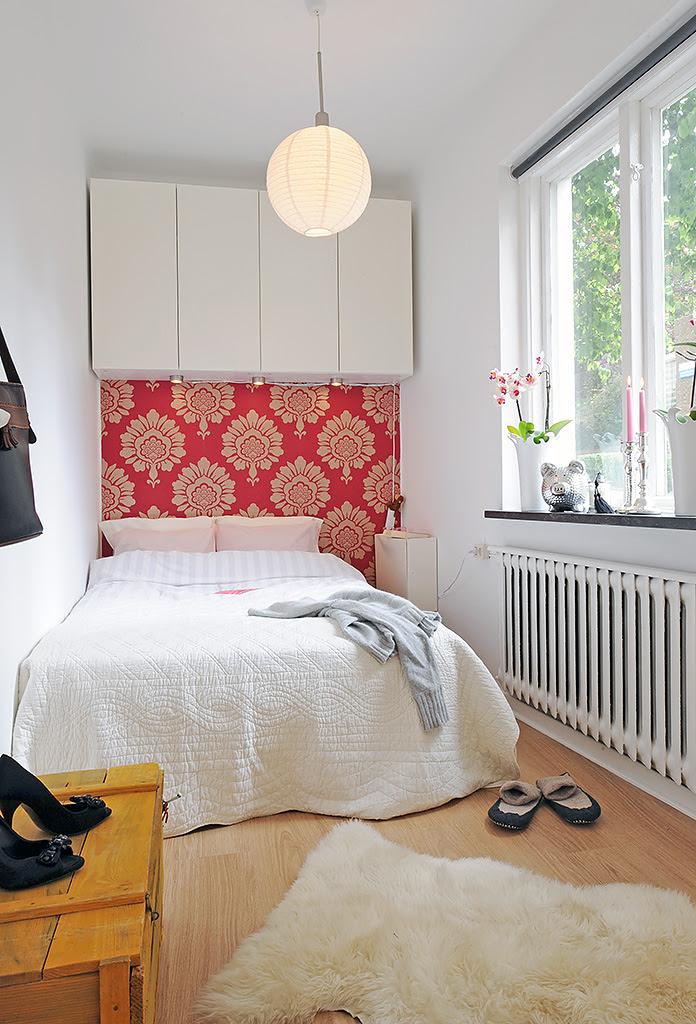 Bedroom: Small Modern Minimalist Red Floral Decor Storage Ideas