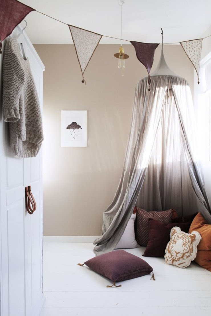 grey canopy for a reading nook