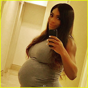 Serena Williams Shows Off Growing Baby Bump in Cute Selfie
