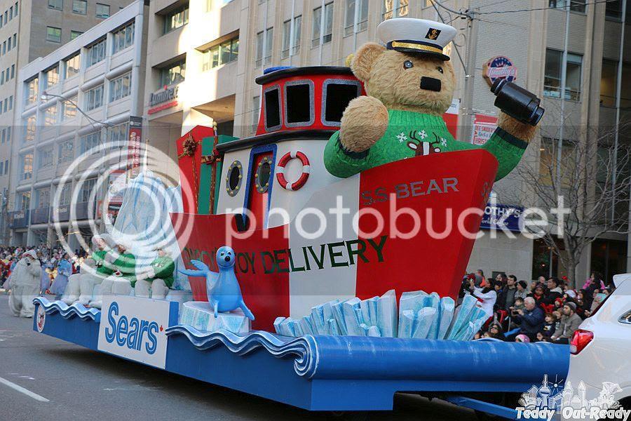 Santa Parade Sears