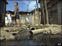 La pobreza es señalada como una de las causas(Imagen de AP - BBC Mundo)