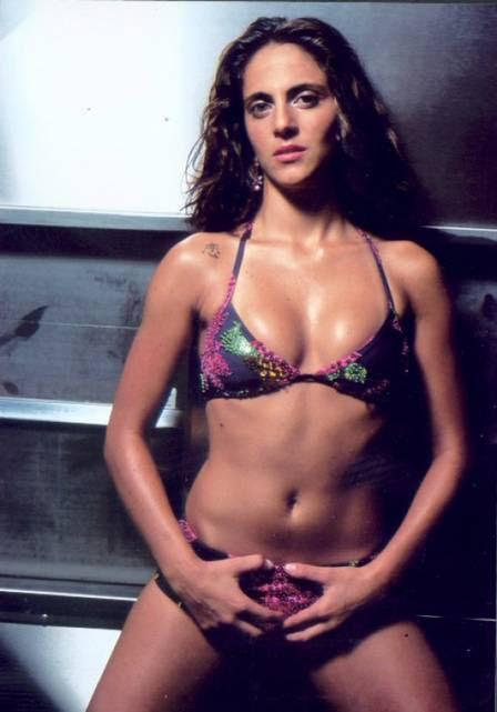 Thammy quando se lançou como cantora de funk, em 2001
