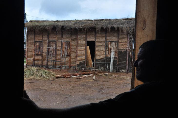 Diretor de fotografia Affonso Beato antecipou sua visita às locações em função de pequenos estragos no cenário:imagem 2