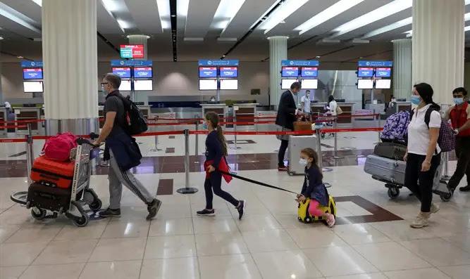 Travelers in Dubai