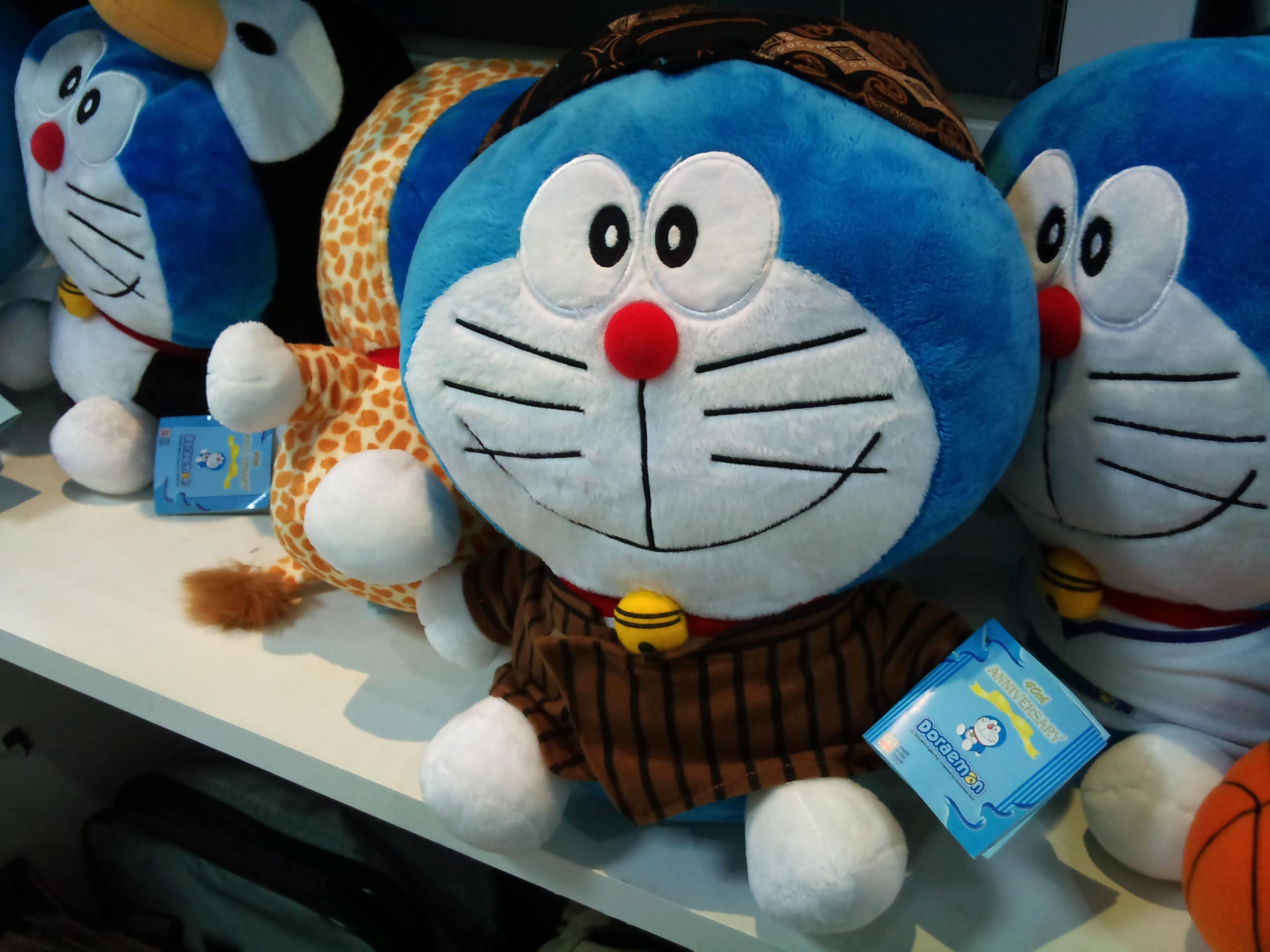 Foto Lucu Boneka Doraemon Terbaru Display Picture Unik