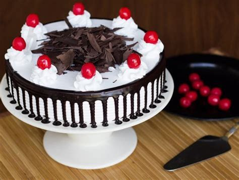 Black Forest Cake   The Original B.F. Cake: Bakingo