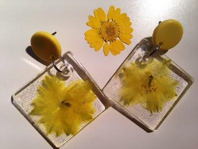 orecchini fiore giallo in resina personalizzabili primaverili