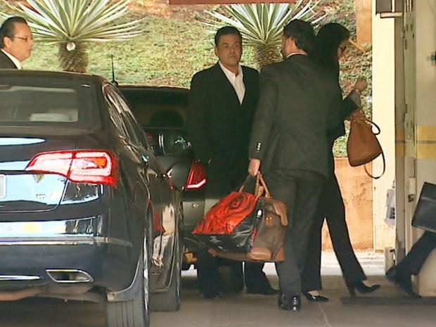 Pablo Russel Rocha chegou ao Fórum acompanhado dos advogados (Foto: Antônio Luiz/EPTV)