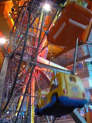 grand roue Toy's.jpg