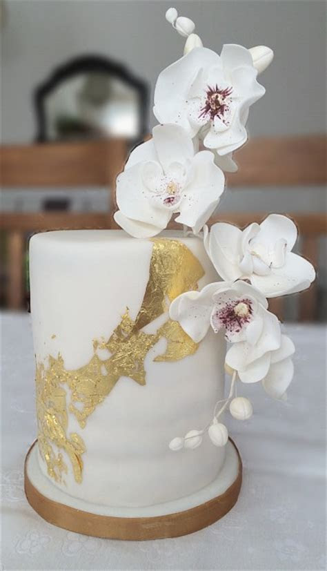 Orchid birthday cake made in Geneva   Petra Cakes