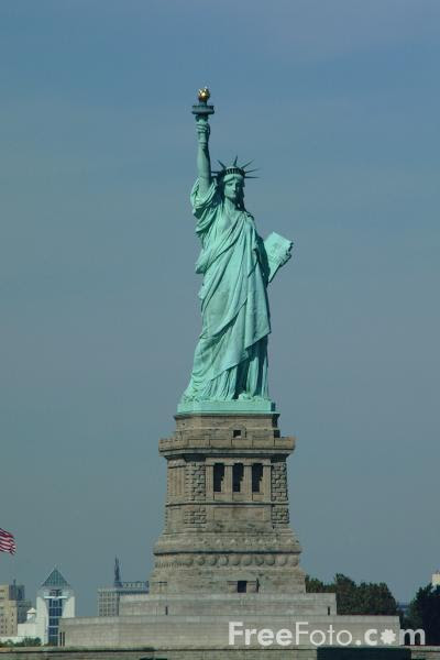 http://www.freefoto.com/images/1210/11/1210_11_58---Statue-of-Liberty-New-York-City_web.jpg