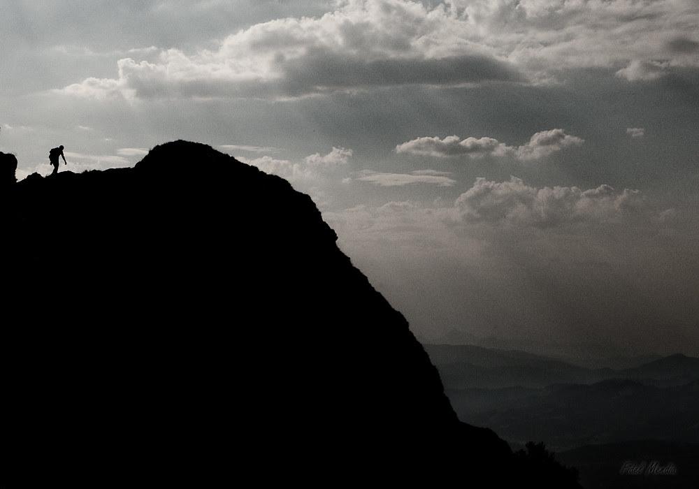 Juanmari llegando a cima