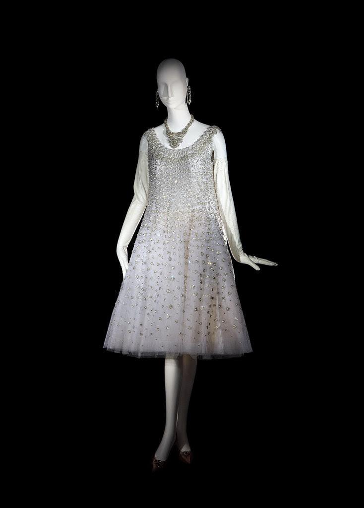 1-Vestido corto de noche