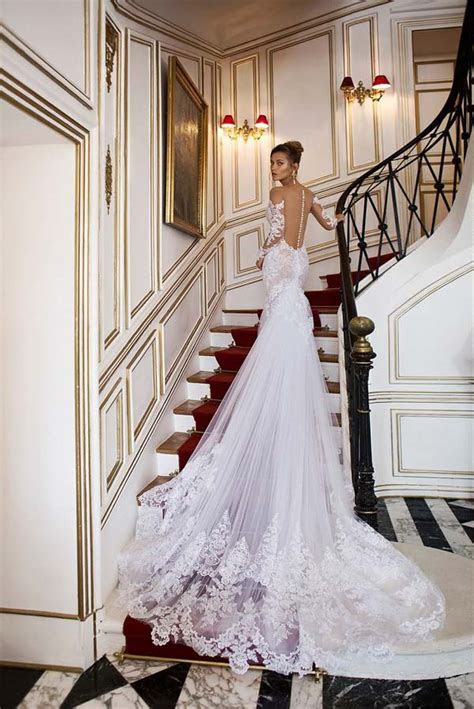 30   Oh So Beautiful Wedding Dress Trains