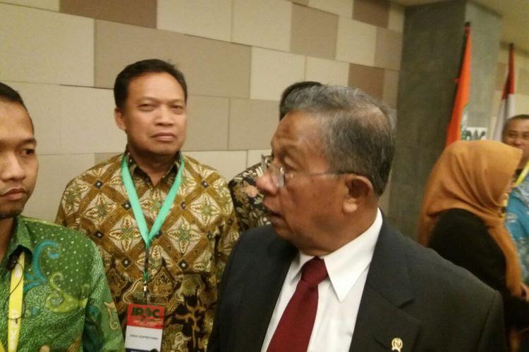 Menteri Koordinator Bidang Perekonomian Darmin Nasution Indonesia Palm Oil Conference (IPOC) di Bali Nusa Dua Conference Center, Bali, Kamis (2/11/2017).