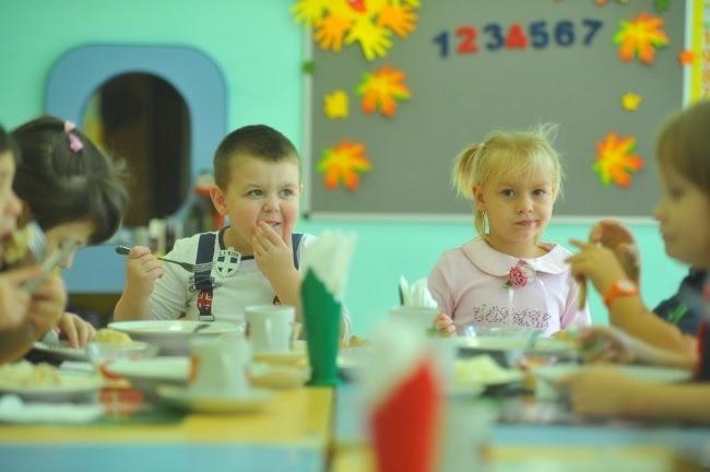 Картинки по запросу что 250 детей боевиков «АТО» в лагере под Бердянском отравились