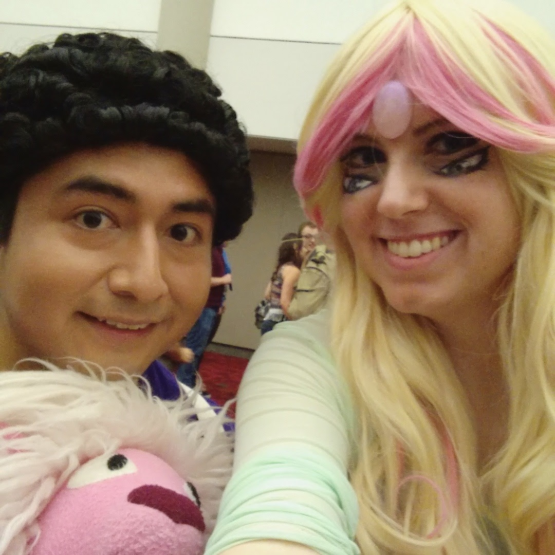 Part 3 of my Momocon pics! I went to the Aquarium as Rainbow Quartz and had a great time. I was Mabel for the GF shoot on Sat morning and then changed into Nozomi for the LL shoot!