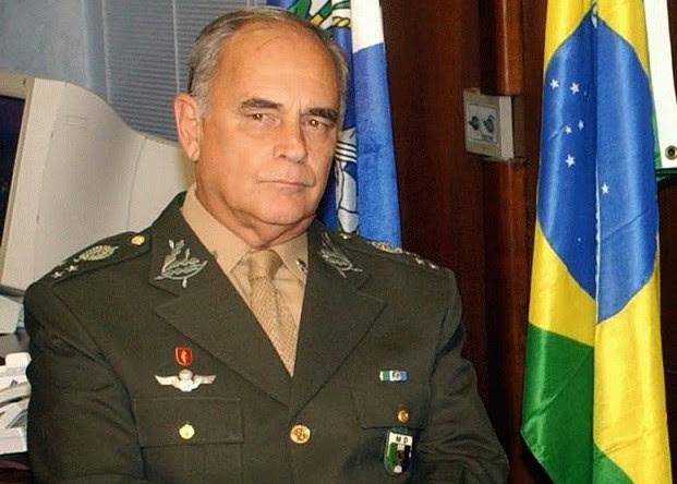 General Intervenção Militar Brasil