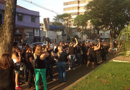 WhatsApp Grupo Folha