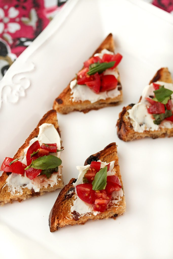Sun-Maid® Raisin Bread Crostini with Tomato-Basil Salsa