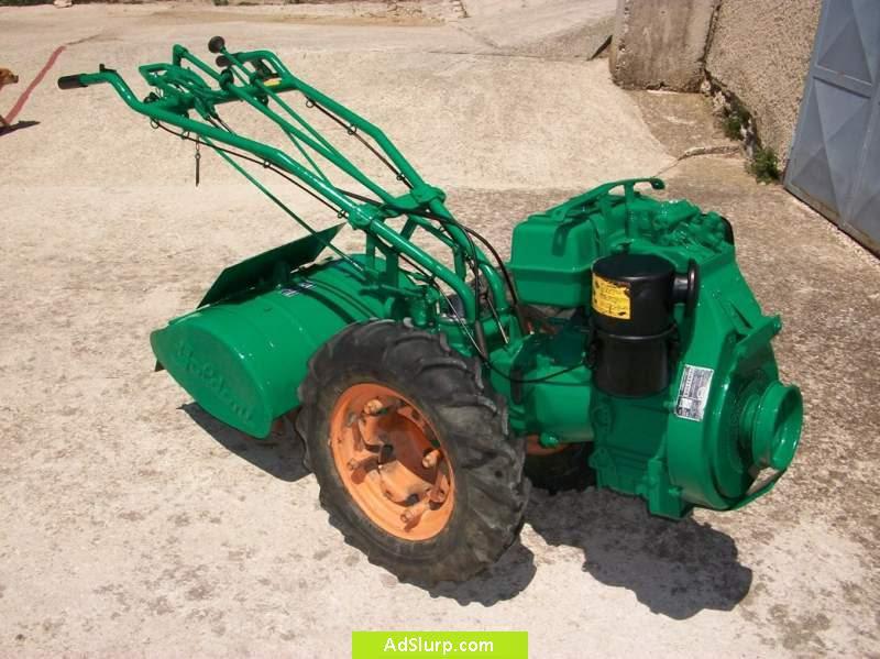 Trattori agricoli usati macchine motozappa usata roma for Attrezzi agricoli usati lazio
