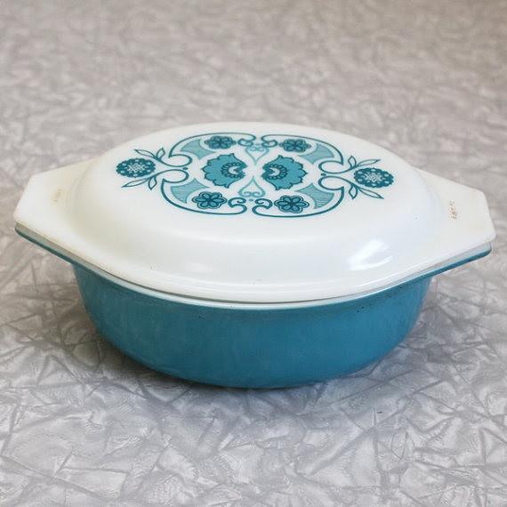 Vintage Horizon Blue Pyrex.  <3