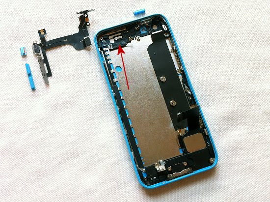 iPhone 5C disassembly stage 31
