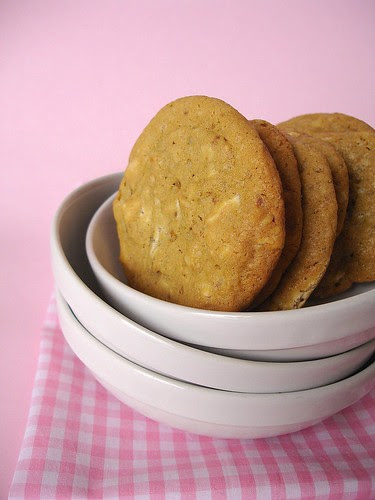 White chocolate chunk macadamia nut cookies
