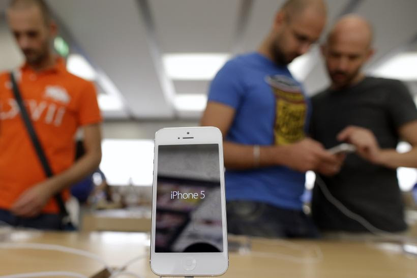 Apple Still Ranks As Top Smartphone Maker In The US