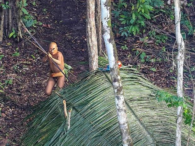 Especialista diz que grupo é o mesmo avistado pela Funai em 2008, mas mudou a localização da aldeia (Foto: Ricardo Stuckert/Arquivo Pessoal)