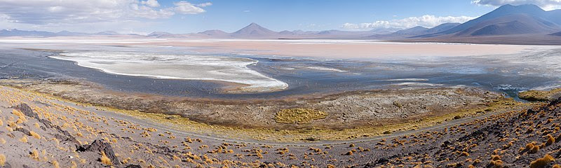 File:Laguna Colorada MC.jpg