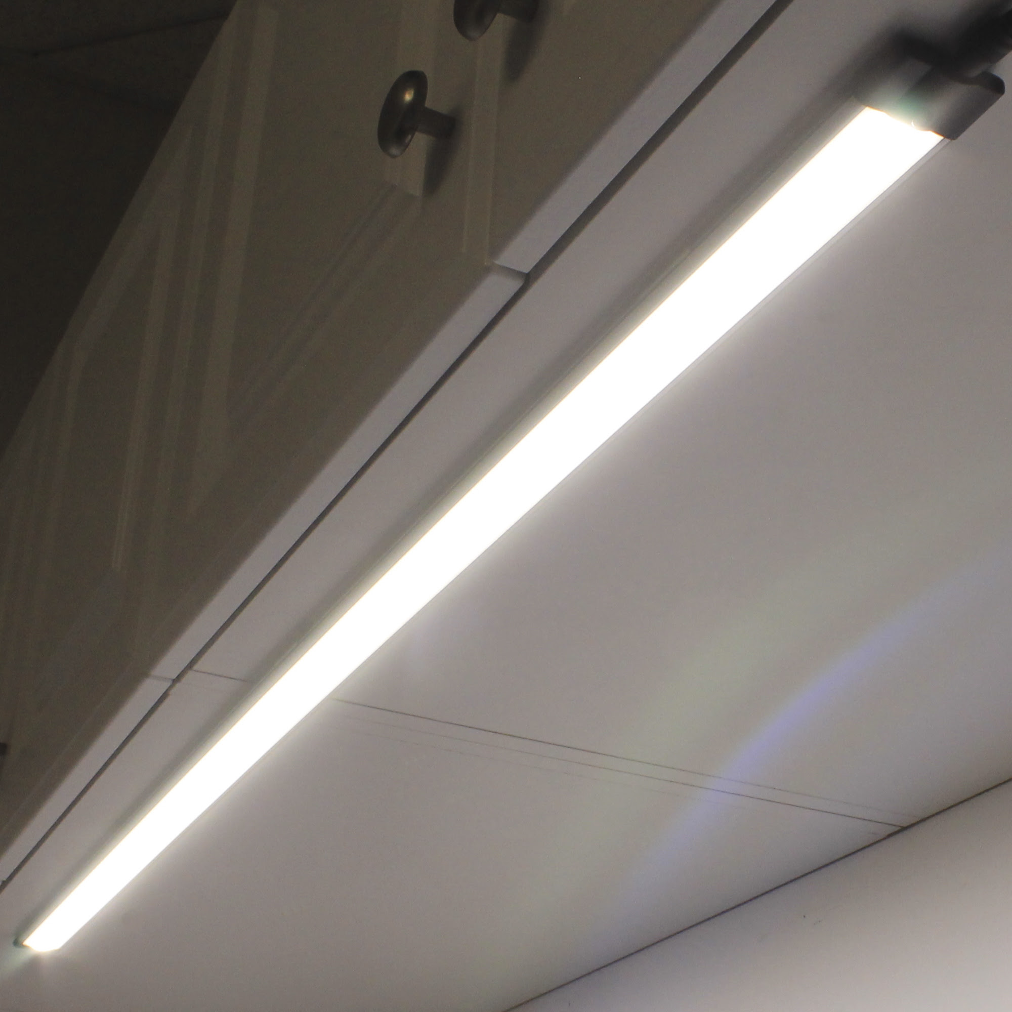 EnvironmentalLights.com Adds New Line of LED Under Cabinet ...