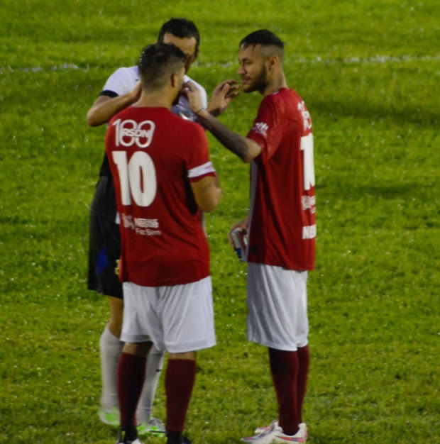 Neymar e Caio Castro (Foto: Araújo, Caio Duran, Clayton e Martins / CDC Shows e Eventos)